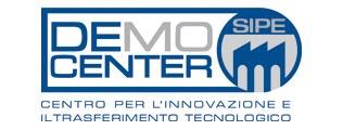 Logo demo center