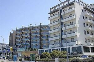 Bando riqualificazione alberghi, stabilimenti balneari e termali: ottima partenza