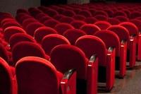 Cinema, teatri e spettacoli dal vivo: dal 15 giugno in Emilia-Romagna si riparte. Via anche a congressi, convegni e concorsi pubblici
