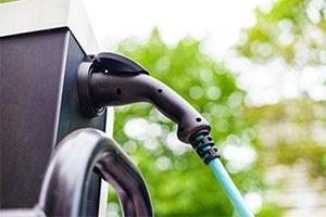 I cinesi Faw e Silk Ev insieme in Emilia-Romagna per lo sviluppo di auto elettriche con oltre 1 miliardo di euro