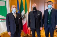 Il presidente Bonaccini incontra l'ambasciatore del Messico in Italia, Carlos García de Alba Zepeda